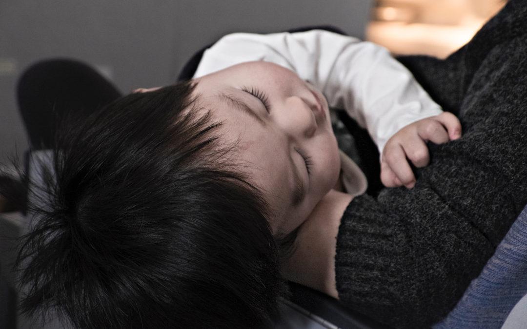 10 ting du ikke burde si til en mor med refluksbarn!